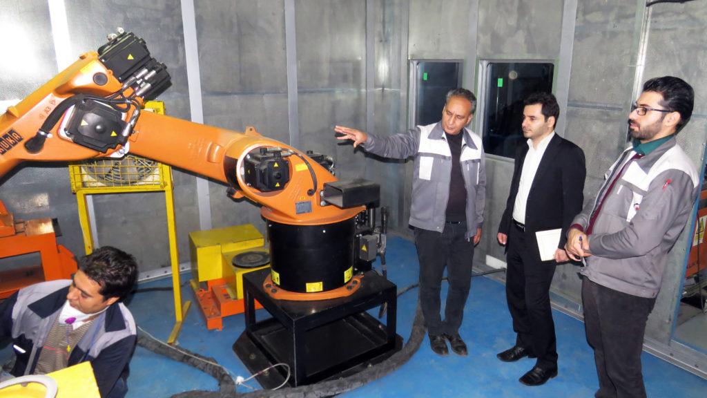 بازدید کارشناسان پالایشگاه گاز پارسیان از واحد مهندسی سطح شرکت پتروسازه میهن